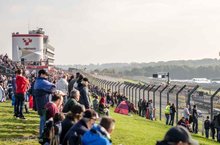 Brands Hatch pit straight.
